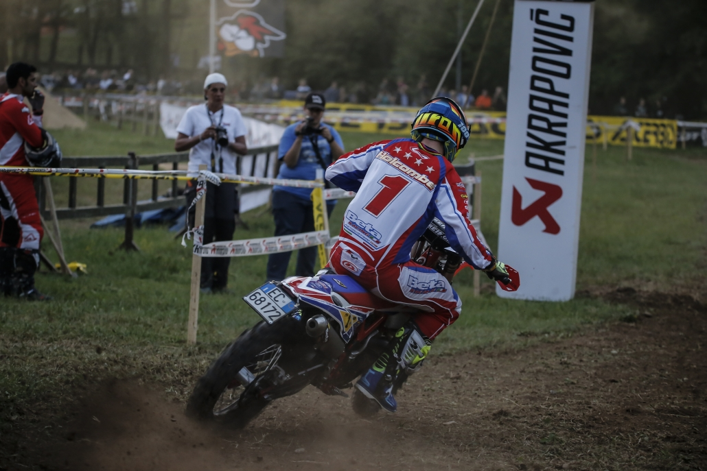 GP of Italy: Steve Holcombe wins the second day of