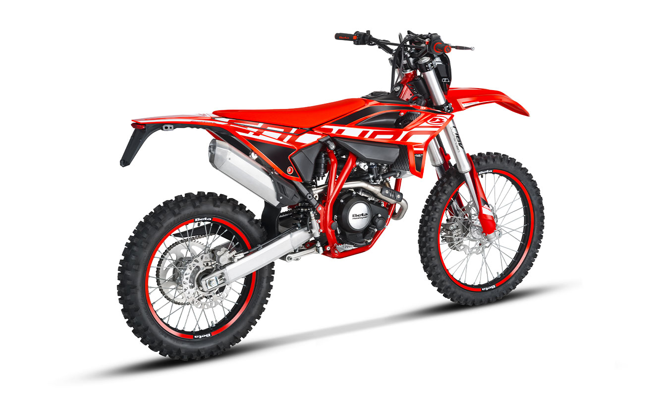 RR-4T-125-ENDURO-2021-rear